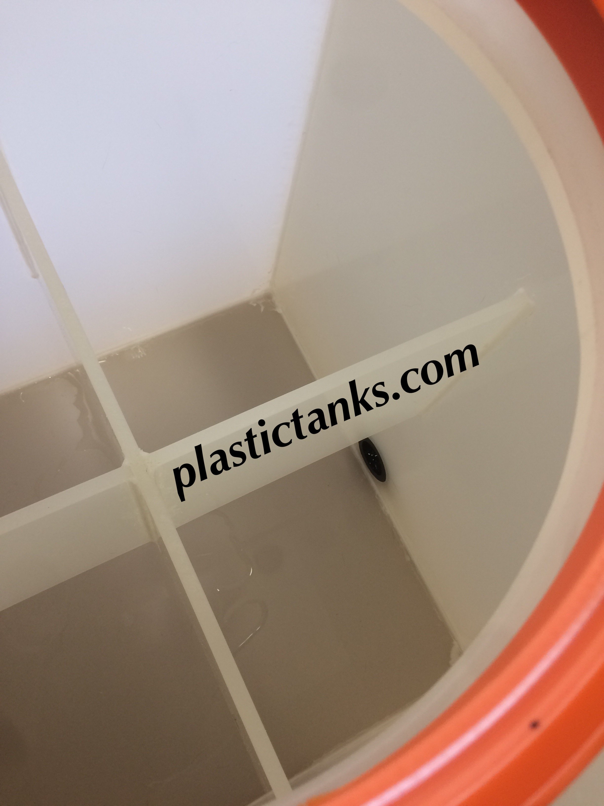 enclosed polypro tank for storage