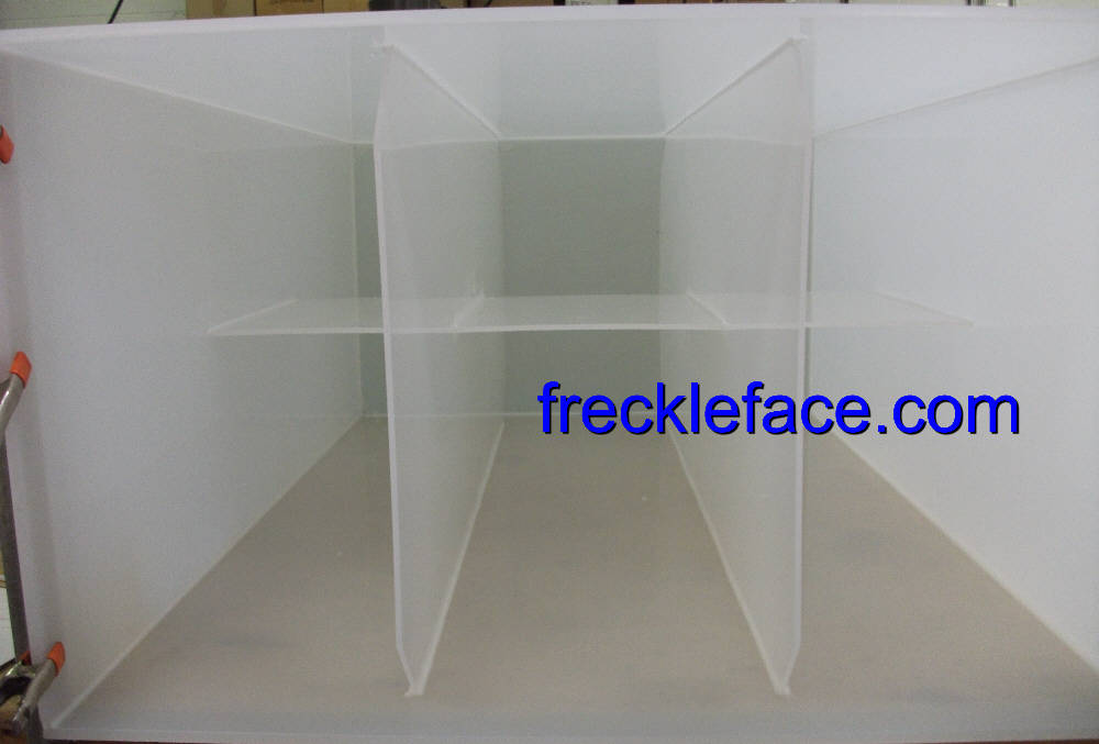 lid detail polypropylene closed in tank for liquids water etc.